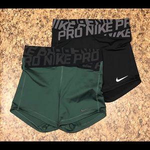 Bundle of x2 woman's small Nike pro shorts